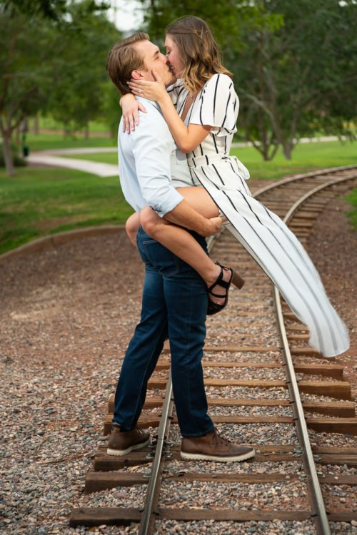 engagement-photography-anthem-arizona-park-1