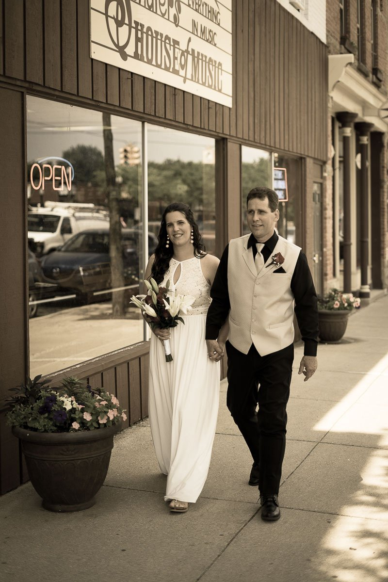 wedding-photography-couple-howell-MI