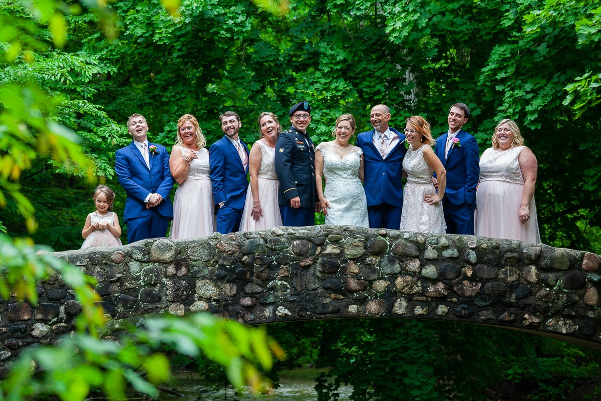wedding-photography-wedding-party-stone-bridge